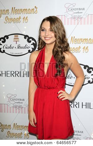 LOS ANGELES - APR 27:  Sammi Hanratty at the Ryan Newman's Glitz and Glam Sweet 16 birthday party at Emerson Theater on April 27, 2014 in Los Angeles, CA