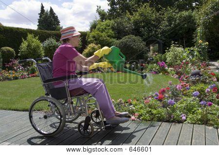 Happy Gardener 02