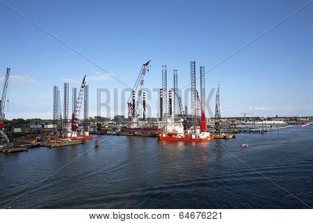 Off Shore Oil Platforms