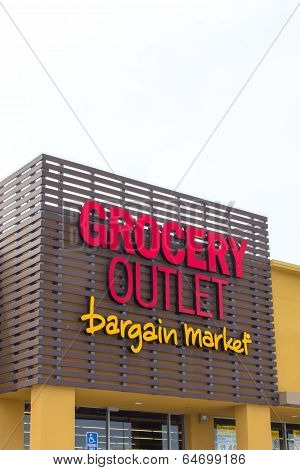 Grocery Outlet Storefront And Sign