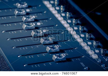 Studio sound audio board
