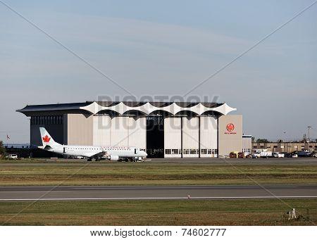 Air Canada Hanger