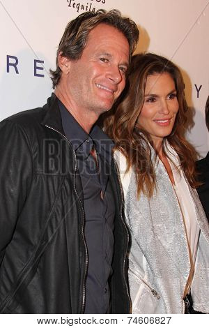 LOS ANGELES - OCT 23:  Rande Gerber, Cindy Crawford at the De Re Gallery & Casamigos Host The Opening Brian Bowen Smith's