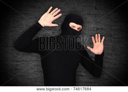 Frightened Robber