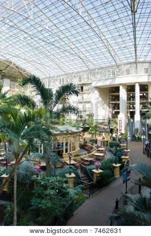Atrium in einem Resorthotel
