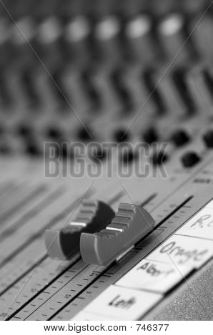 Master Volume control on sound board