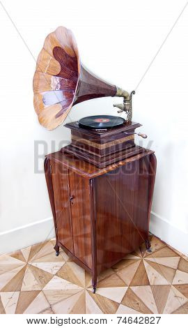 Old Gramophone With Horn Speaker And Vinyl Record