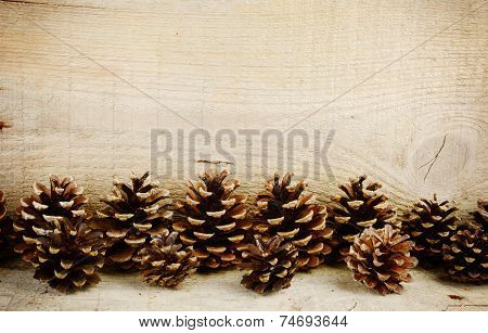 Bottom Line Horizontal Pine Cones Christmas On Wooden