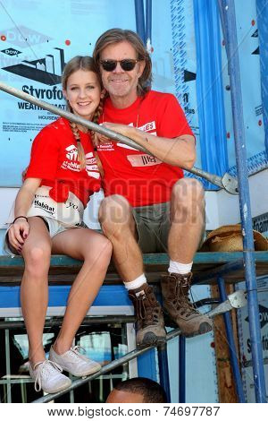 LOS ANGELES - OCT 25:  William H Macy, daughter at the Habitat for Humanity build by Showtime's