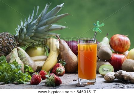 Freshly Squeezed Mixed Fruit Juices