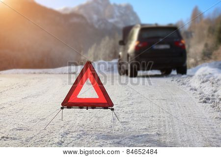 Car with a breakdown in the winter