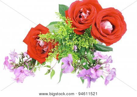 flowers : bouquet of rose and pansy flowers with green grass isolated over white background