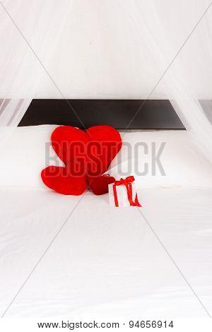 Red heart pillows