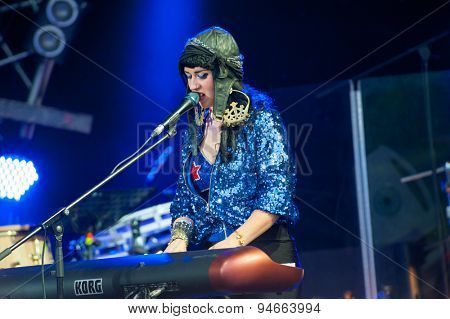 MOSCOW - JUNE 20: Hiatus Kaiyote performs at XII International Jazz Festival