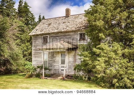 Old Iowa Farmhouse