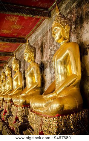 Buddha Statue. Bangkok , Thailand