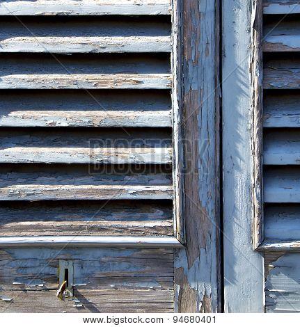 Grey Window  Castellanza Venetian Blind In The Concrete  Brick