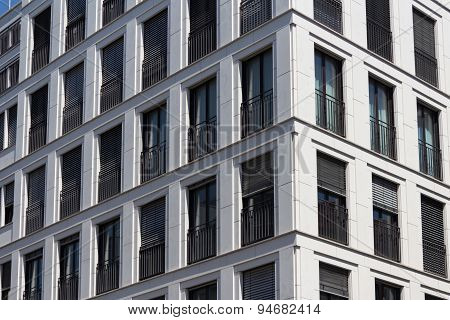apartment building facade / residential building