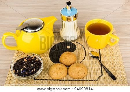 Tea With Sugar, Yellow Glass Kettle And Biscuits