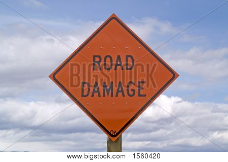 Road Damage Sign 26