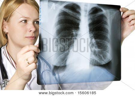 Arzt untersucht eine Lunge-xray