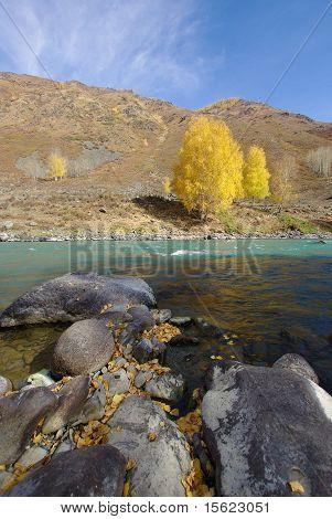 Lake River