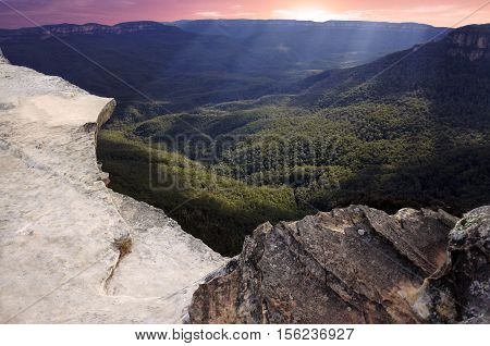 Landscape Of Lincoln Rock Lookout At Sunset Of The Grose Valley Located Within The Blue Mountains Ne