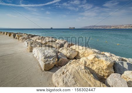 Eilat is a perfect vacation spot suitable for the perfect blend of fun, sun, diving, water sport, partying and relaxing by sandy beaches
