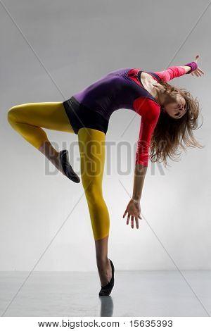junge schöne Frau tanzen jazz Modern dance