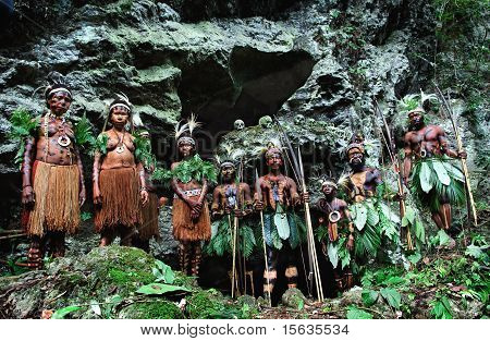 Headhunters. Yafi Tribe.
