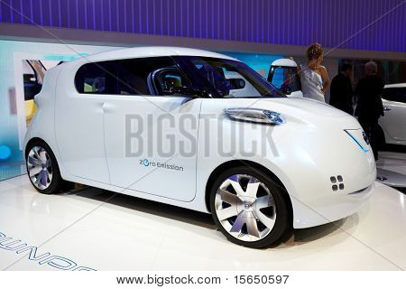 PARIS, FRANCE - SEPTEMBER 30: Paris Motor Show on September 30, 2010 in Paris, showing Nissan Townpod Zero Emission, front view