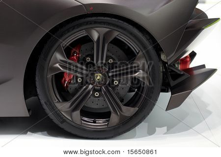 PARIS, FRANCE - SEPTEMBER 30: Paris Motor Show on September 30, 2010 in Paris, showing Lamborghini Sesto Elemento Concept, wheel closeup view