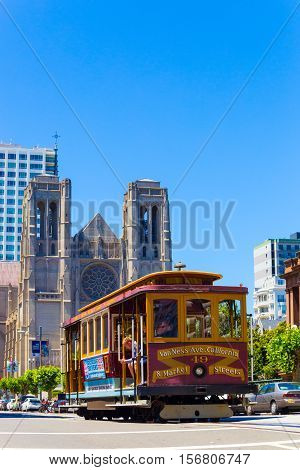 San Francisco Cable Car Grace Cathedral Hob Hill V