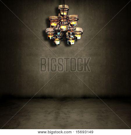 Tee-Kerzen in einem dunklen Hintergrund Raum hängen