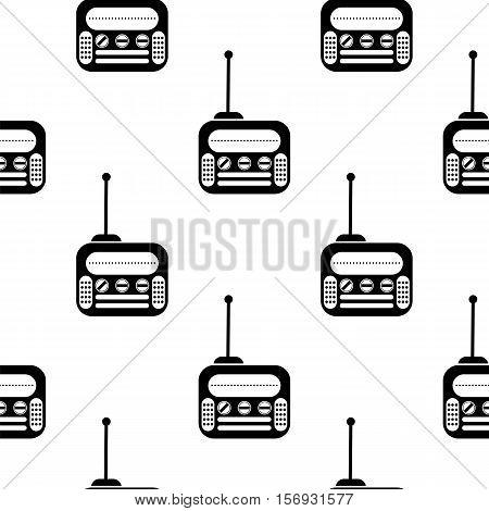 Retro Old Radio Icon Seamless Pattern on White Background.
