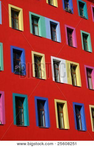 Vista lateral sobre multi coloridas house