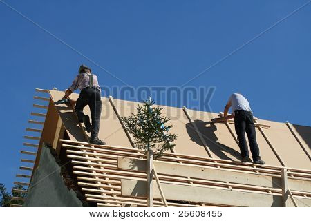 Dachdecker auf dem Dach!