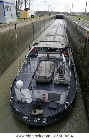 boat in lock