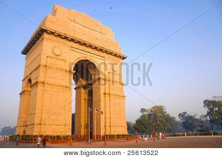 DELHI - OCTOBER 28: India Gate with guards in front on October 28, 2007 in Delhi, India. Commemoration of the 90,000 soldiers of the British Indian Army who lost their lives in British Indian Empire.