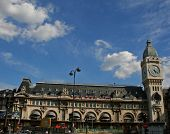 picture of gare  - wide view of the gare de lyon - JPG