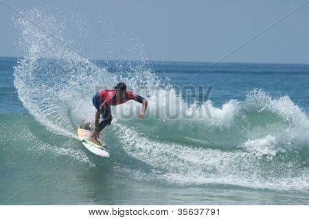 HUNTINGTON BEACH, CA - AUGUST 2: Gabriel Medina competes in the Nike US Open of Surfing in Huntington Beach, CA on August 2, 2012