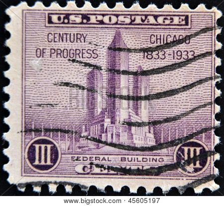 stamp printed in USA shows Federal building at Chicago