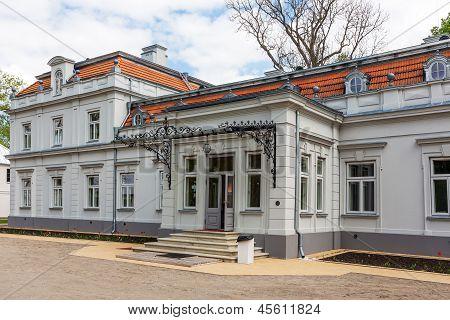 Zypliai Manor