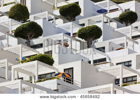 Cubic apartment building at Puerto Rico de Gran Canaria