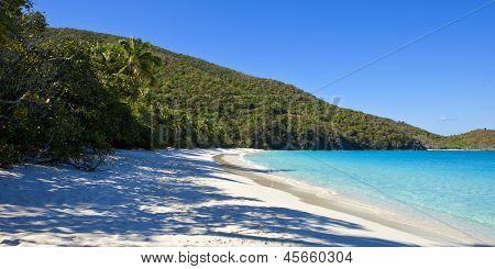empty beach on trunk bay in St John