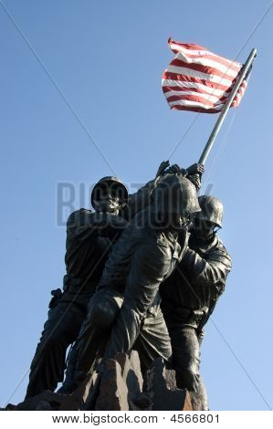 U.s. Marines Corps War Memorial Statues