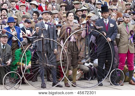 LONDON - APR 13: Unidentified participants taking a group picture after finishing the London Tweed run contest,
