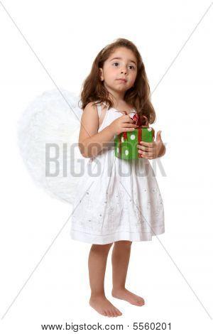 Engel Kind halten ein Geschenk