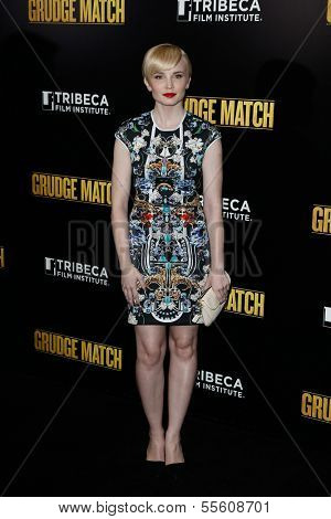 "NEW YORK-DEC 16: Actress Elizabeth Olin attends the world premiere of ""Grudge Match"" at the Ziegfeld Theatre on December 16, 2013 in New York City."