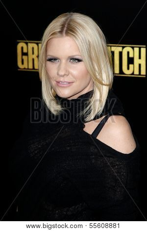 NEW YORK-DEC 16: TV personality Carrie Keagan attends the world premiere of
